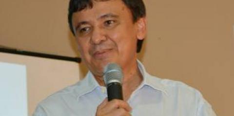 Justiça multa Wellington Dias em R$ 5 mil por propaganda irregular