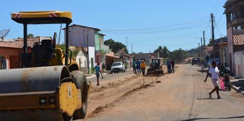 Obras de reurbanização da Av. David Mascarenhas continuam em Parnaguá