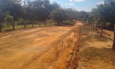 Prefeitura de Parnaguá segue realizando manutenção das estradas vicinais