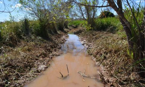 SUMAR fiscaliza limpeza do Rio Paraim