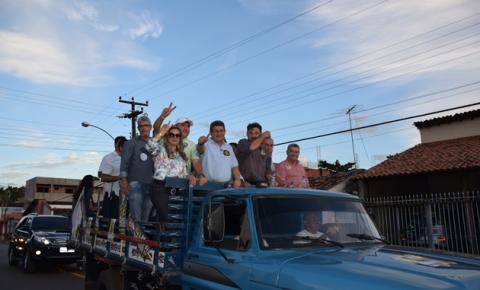 Em Corrente, Zé Filho é recebido com muita festa pela população