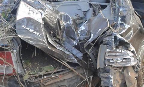 Conhecido empresário de Corrente sofre acidente na BR 135