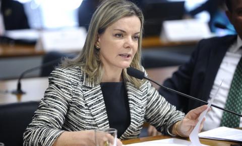 Comissão pode derrubar 'efeito cascata' nos salários de políticos e ministros de tribunais