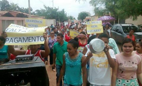 Professores de Sebastião Barros entram em greve por salários atrasados