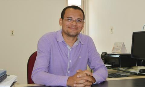 Professor Laecio Barros Dias é reeleito como diretor geral do IFPI Corrente