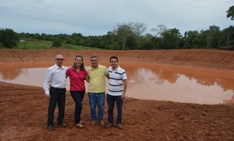 Vereadores vistoriam construção de barragens comunitárias em Corrente