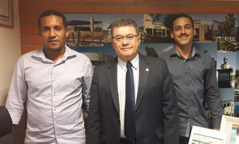 Vereadores de Gilbués são recebidos por deputados em Teresina