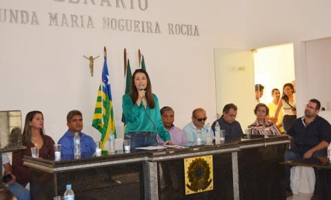 Estudo de viabilidade do anel viário e calçamento do bairro Vila Nova são anunciados pela governadora Margarete Coelho em Corrente