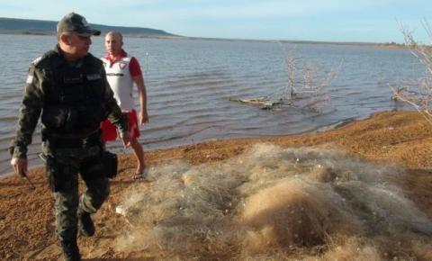 Polícia Ambiental realiza operação na Lagoa de Parnaguá