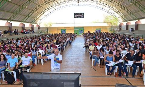 Revisão Pré-Enem tem a participação de mais de mil estudantes em Corrente