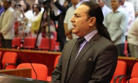 Francis Lopes condena aberrações em exposições de arte