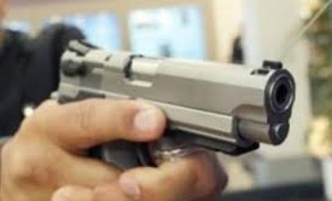 Homem é morto com dois tiros em Curimatá
