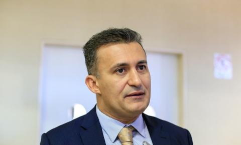 Prefeito Valdecir Júnior afirma que já concedeu aumento aos professores de Curimatá em 2018