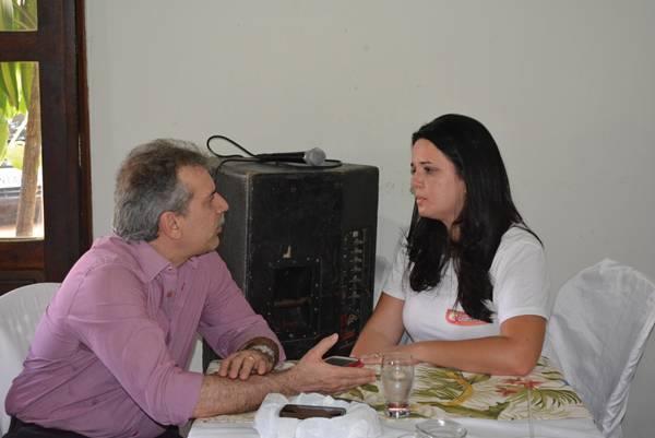 Senador com a jornalista Viviane Setragni