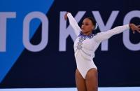Rebeca Andrade conquista ouro para o Brasil na ginástica artística
