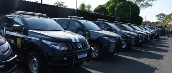 Governador Wellington Dias entrega novas viaturas a forças de segurança do Piauí