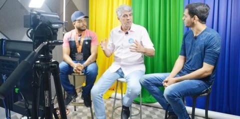 Candidato a prefeito de Corrente Filemon Paranaguá inicia campanha política de forma inovadora com live