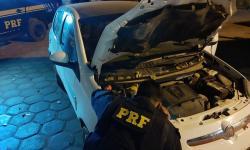PRF apreende nas proximidades da BR 135 veículo adulterado e homem é preso por Receptação de Veículo