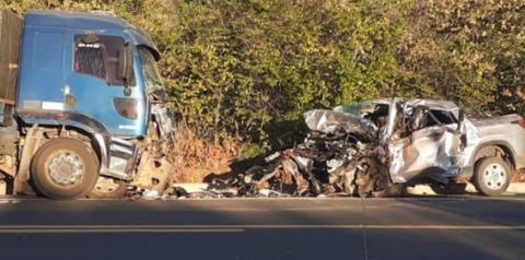 Enfermeiro e engenheiro agrônomo morrem em grave acidente na BR 135 em Corrente