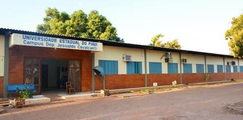 Inscrições de processo seletivo para professor substituto da Uespi encerram nesta quinta-feira (2)