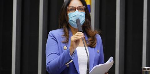Projeto da deputada Rejane Dias proíbe corte de energia durante bandeira vermelha
