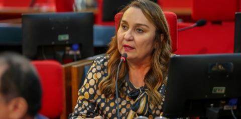 Com 17 votos, deputada Flora Izabel é eleita conselheira do Tribunal de Contas do Estado