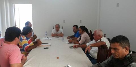 Prefeito reúne-se com secretários para discutir últimos preparativos para o Carnaval
