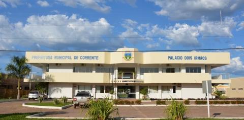 Prefeito de Corrente apresenta projeto de lei para a contratação temporária de 328 servidores