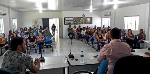 Prefeitura de Gilbués atrasa salário de dezembro e servidores reúnem-se na Câmara de Vereadores