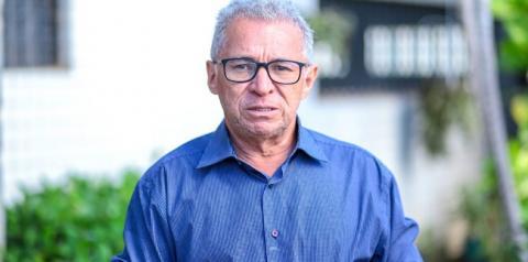 Deputado Assis Carvalho morre aos 59 anos após sofrer infarto em Oeiras