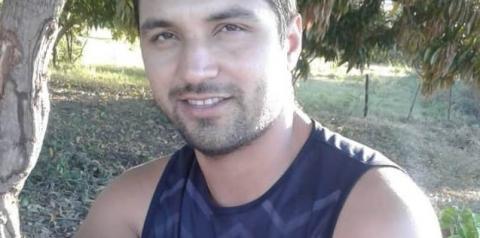 Entregador de pizza é morto com 2 tiros pelas costas em Corrente