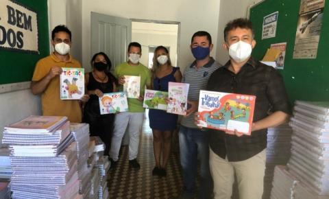 Prefeitura de Curimatá adquire 1.776 livros didáticos para distribuir aos alunos da Educação Infantil