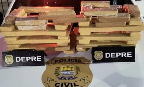 Polícia Civil prende duas mulheres em ônibus interestadual com 41 tabletes de drogas em Bom Jesus