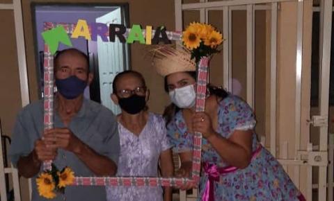 Assistência Social de Sebastião Barros faz ação alusiva ao Junho Violeta e leva alegria para idosos em isolamento social