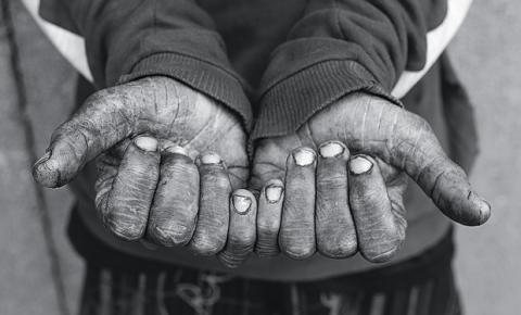 Escrito nas mãos