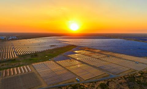 Governador Wellington Dias trata com empresas sobre criação do Atlas Solar do Piauí