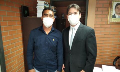 Vereador Sandro Lúcio vai à Teresina em busca de recursos e melhorias para Curimatá