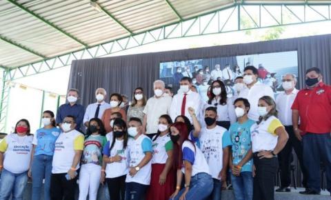 Governador Wellington Dias inaugura reforma de escola no bairro Pedra Mole com a presença do ex-presidente Lula