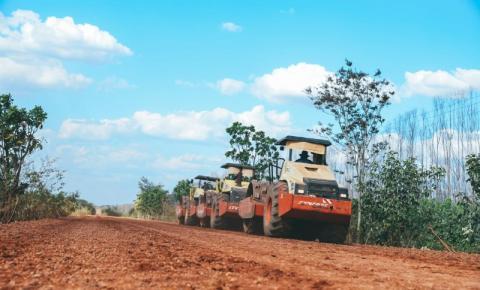 Governo recupera trechos da PI-240 entre Jerumenha e Marcos Parente