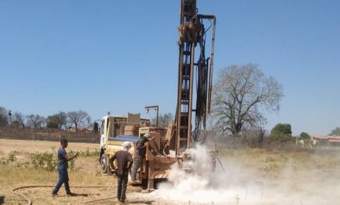 Segundo poço perfurado pela Agespisa em Corrente já chega aos 100 metros, mas sem água