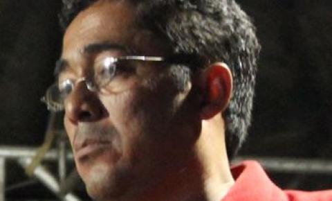 Morre locutor Demétrios Fernandes