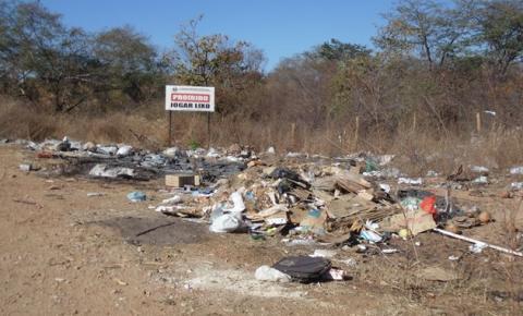 Comerciantes que forem flagrados depositando resíduos às margens das rodovias em Corrente serão multados