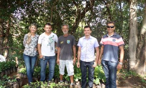 Nova equipe da Secretaria de Desenvolvimento Rural visita viveiro de mudas municipal