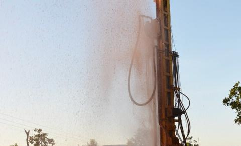 Poço da Taboca, com vazão de 10 mil litros/hora, traz alívio para a comunidade