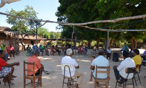 Comunidade da Barroca discute a criação de suínos na localidade