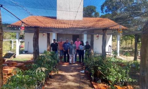 Prefeito Jesualdo Cavalcanti visita novas instalações do viveiro de mudas em Corrente
