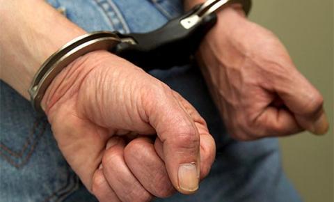 Homem é preso por ameaçar ex-companheira no município de Riacho Frio