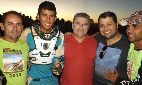 Deputado Edson Ferreira  e prefeito Neemias Lemos prestigiam Campeonato de MotoCross em Cristalândia