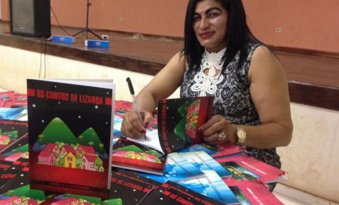 Laurene Alves Nascimento lança sua terceira obra em noite de autógrafos