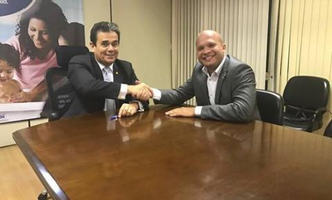 Prefeito Leo Matos é recebido pelo presidente da FUNASA